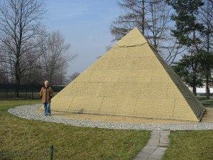 Pyramida - jeden ze sedmi divů světa