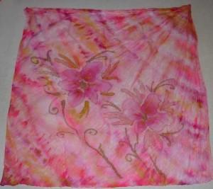 batikovaný a domalovaný šátek